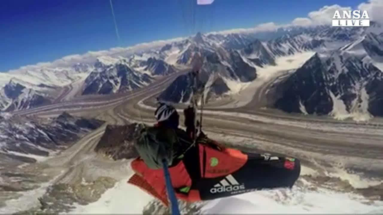 Record di volo in altezza con parapendio